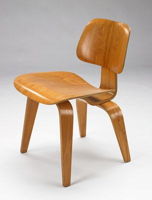DCW chair Dining Chair Wood Charles Eames; Designer Ray Eames