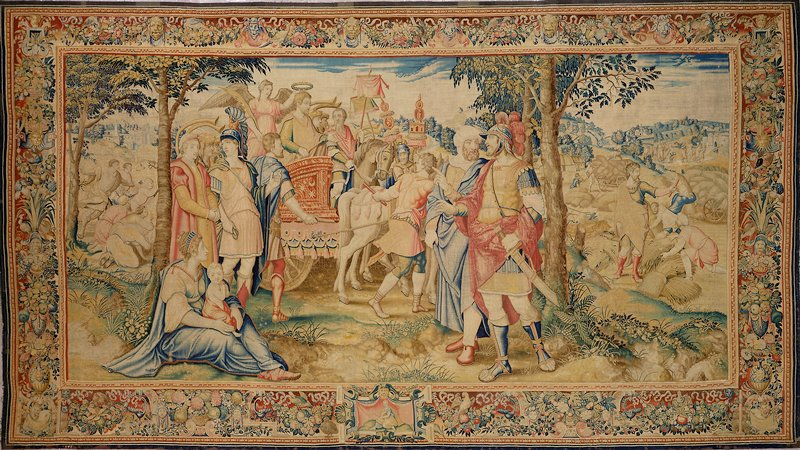 tapestry; warp undyed wool, 6½-8 ends per cm., weft dyed wool and silk, 20-60 ends per cm.