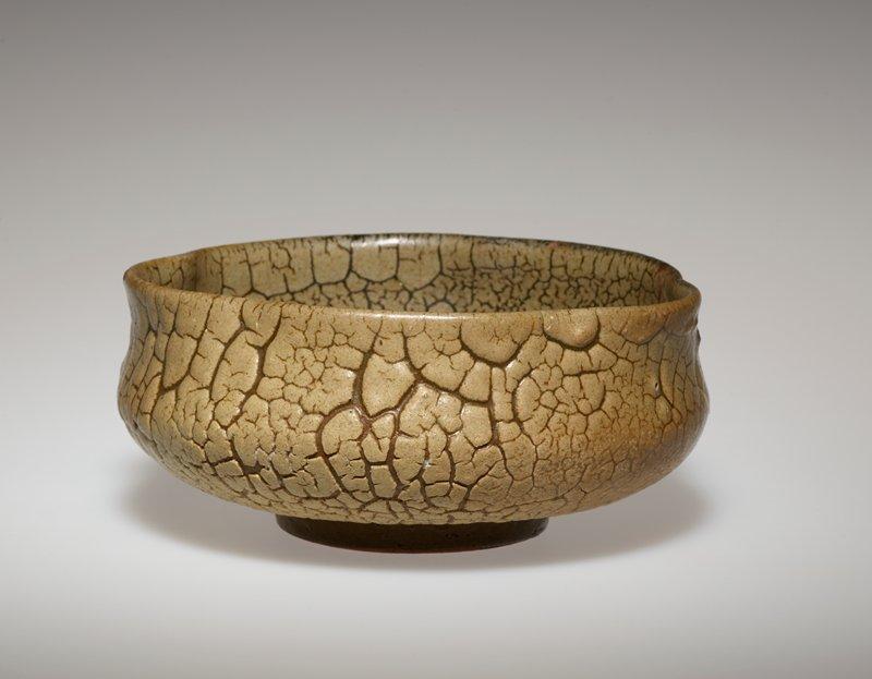 tea bowl, earthenware, brown crackle glaze, pinched sides