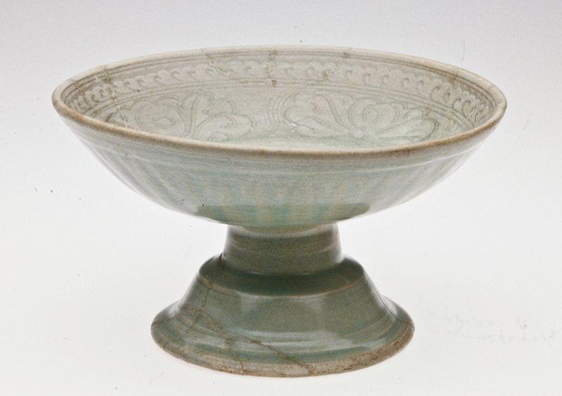 Sawankalok Stem Cup, porcelaneous stoneware.