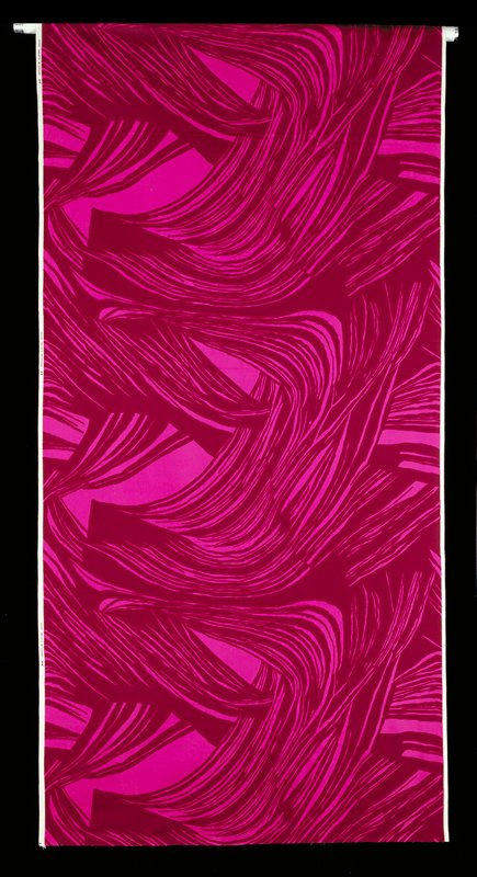 Pink and brown red stripes in undulation movement as waves